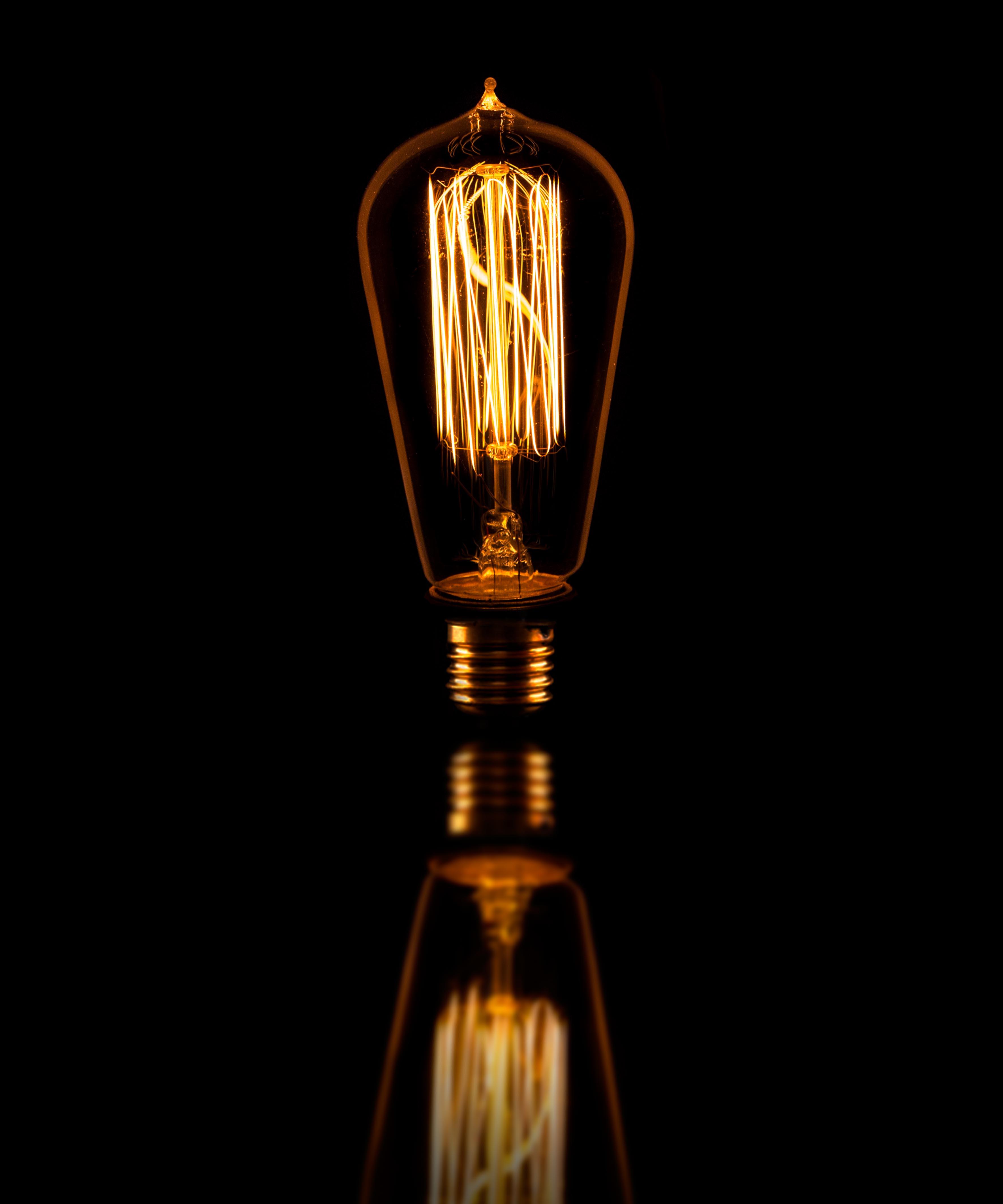 Teardrop st64 william and watson vintage edison bulb industrial light - Teardrop Medium William And Watson Industrial Vintage Retro Edison Light Bulb White Copy Black Teardrop Cropped